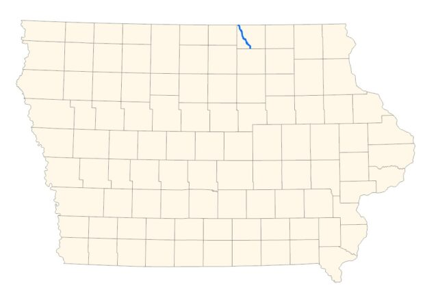 state map showing cedar river in mitchell county only